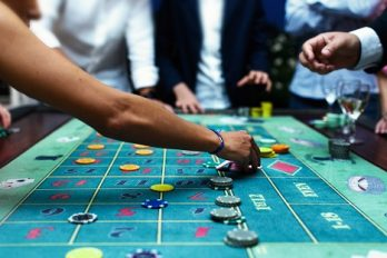 Le Royaume-Uni décide de taxer les casinos en ligne