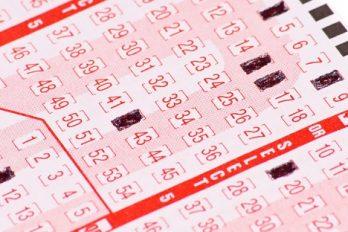 Un billet de loterie gagnant retrouvé un an après